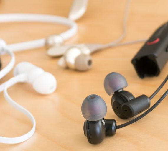 Top 5 Best Bass Earbuds